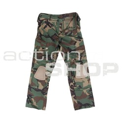 Tactical pants with knee protectors woodland